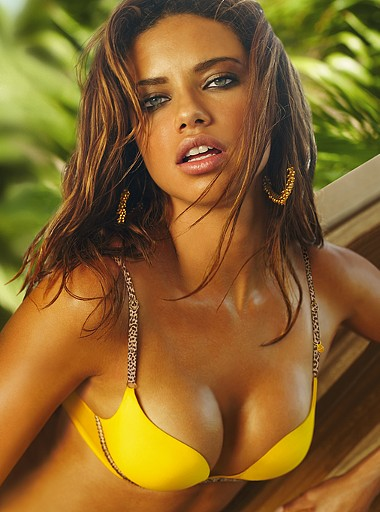 Adriana Lima hot model photos